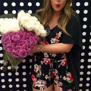 NWOT Floral Romper 🌸🌼🌹🌷💐